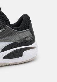 Puma - COURT RIDER - Basketball shoes - white/black - 5