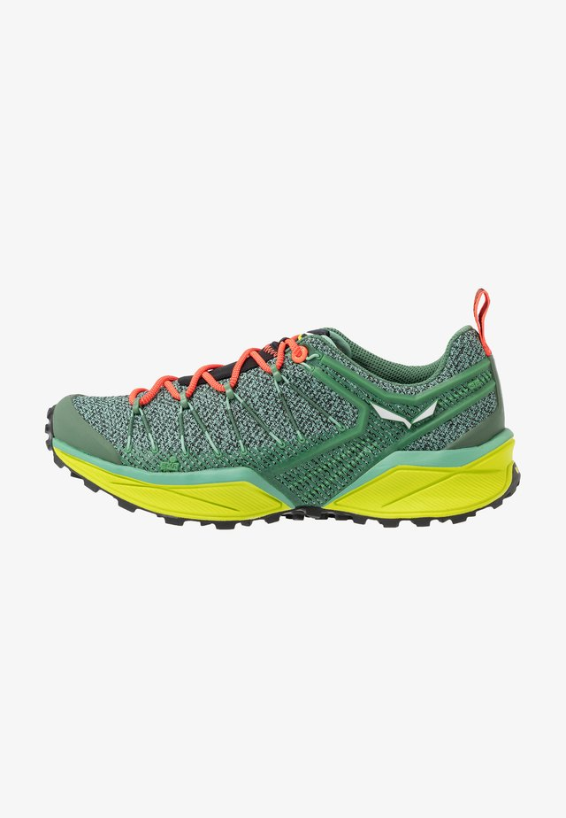 DROPLINE - Chaussures de marche - feld green/fluo coral