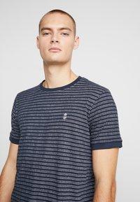 Nerve - NENAF TEE - T-shirts print - navy - 3