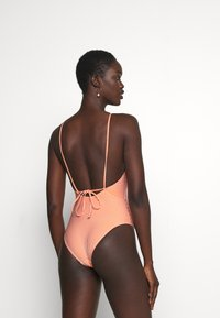 ONLY - ONLKITTY SWIMSUIT - Maillot de bain - red clay/cloud dancer - 2