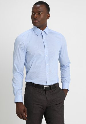OLYMP LEVEL 5 BODY FIT - Shirt - light blue