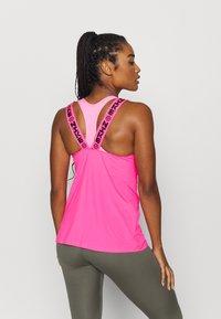 Nike Performance - ELASTKIA - Funkční triko - hyper pink/black - 2