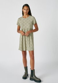 PULL&BEAR - Denní šaty - mottled dark green - 1