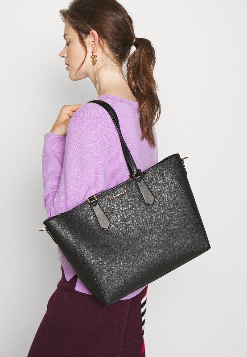MICHAEL Michael Kors - KIMBERLY 3 IN 1 TOTE SET - Handbag - black