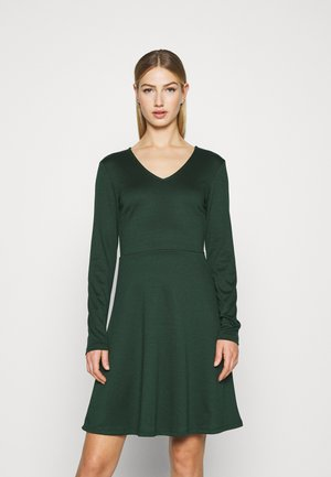 VITINNY  DOLL DRESS - Jersey dress - pine grove