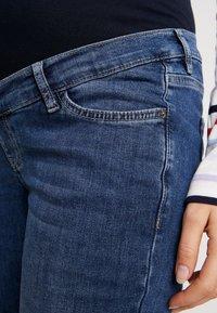 Esprit Maternity - PANTS - Jeansy Straight Leg - medium wash - 4