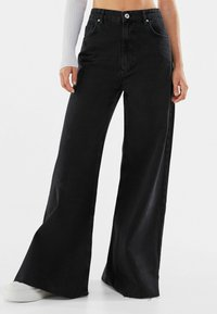 Bershka - Jeans Relaxed Fit - black - 0