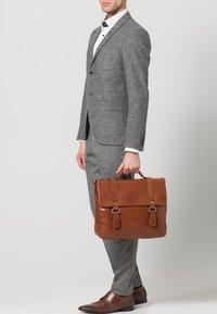Picard - BUDDY - Briefcase - cognac - 0
