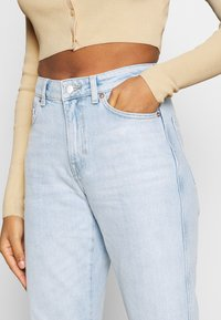 Weekday - SWAY JEANS - Flared Jeans - lula blue - 3