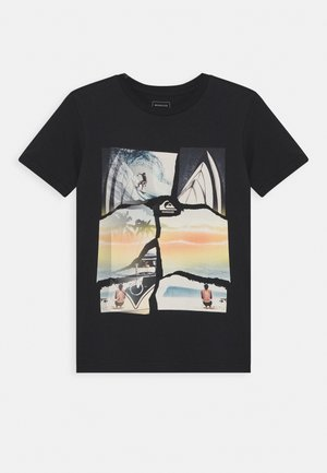 TORN APART YOUTH - Print T-shirt - black