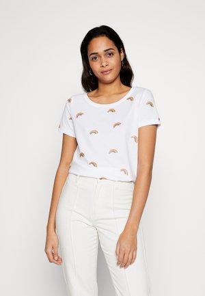 ONLKITA BOOSTER - Print T-shirt - white/rainbow