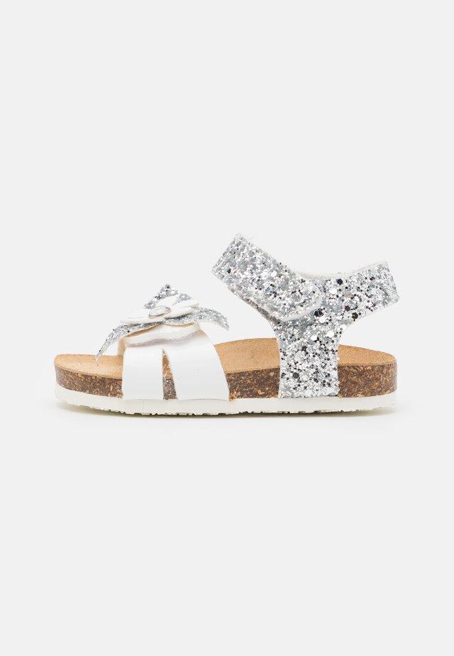 Sandalen - bianco/argento