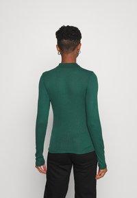 Monki - SIBYLLA - Polo shirt - dark green - 2