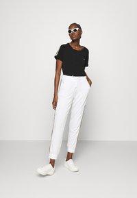 Liu Jo Jeans - T-shirts med print - nero - 1