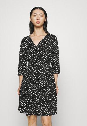 ONLPELLA 3/4 WRAP SHORT DRESS - Jersey dress - black