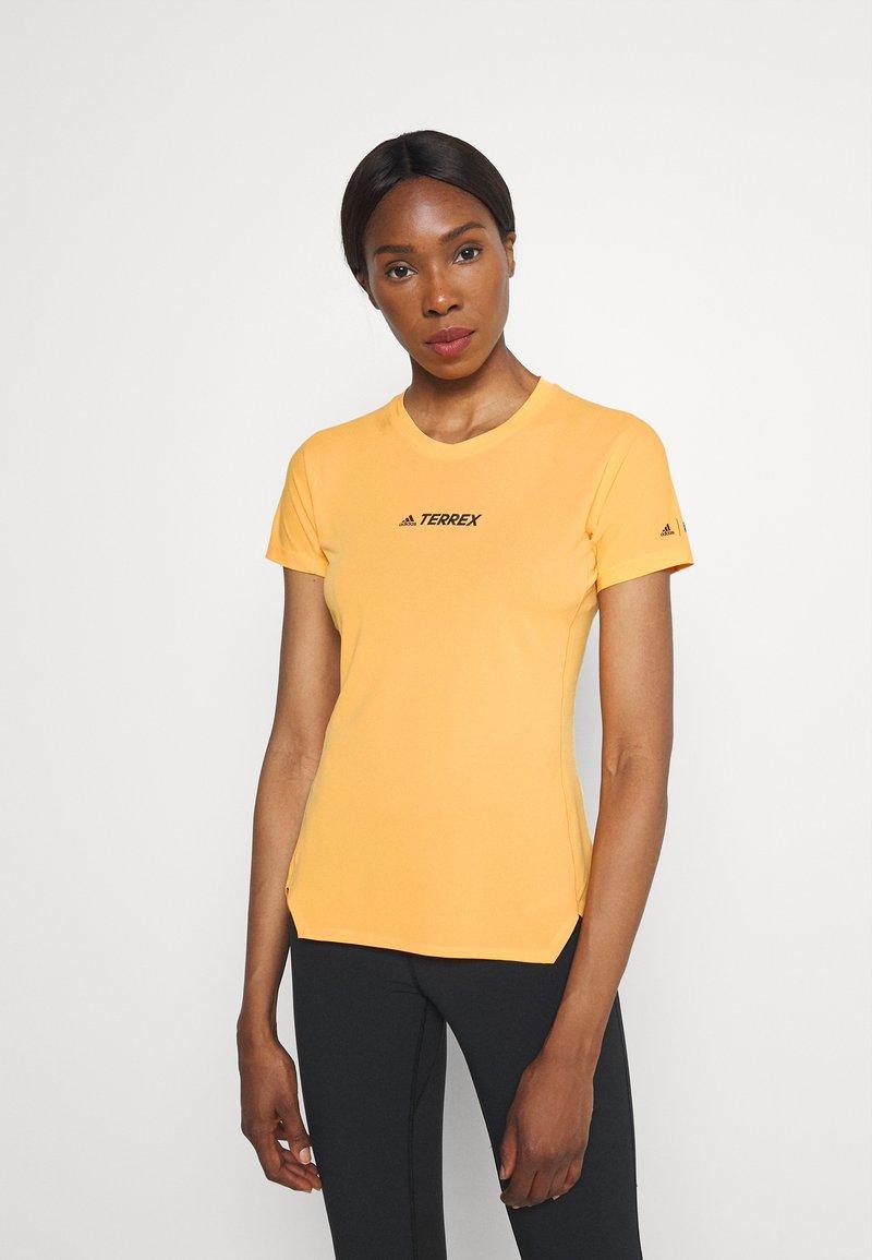 adidas Performance - TERREX PARLEY AGRAVIC ALLAROUND - Print T-shirt - orange