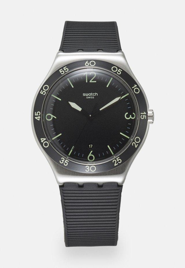 SUIT BIG CLASSIC - Watch - black