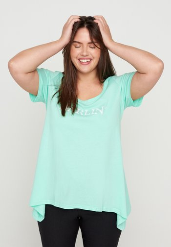 Print T-shirt - cabbage darlin