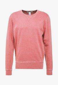 Outerknown - STOWAWAY CREW - Sweatshirt - mineral red - 3