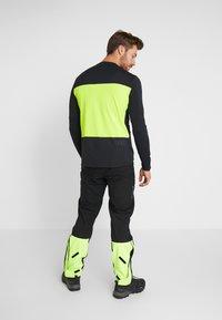 Fox Racing - DEFEND DELTA LUNAR - Sports shirt - day glow yellow - 2