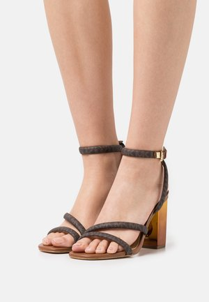 HAZEL ANKLE STRAP - Sandály - brown/luggage