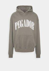 Pegador - CALI HOODIE UNISEX - Hoodie - washed frost grey - 0