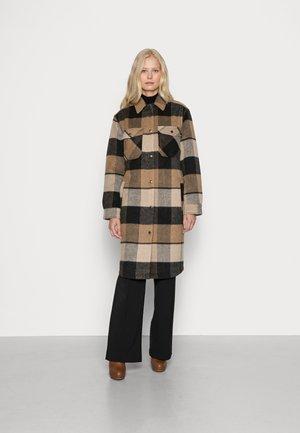 SC-RANILA 1 - Classic coat - camel combi