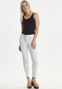 PULZ - PZROSITA - Jeans Skinny Fit - bright white - 1