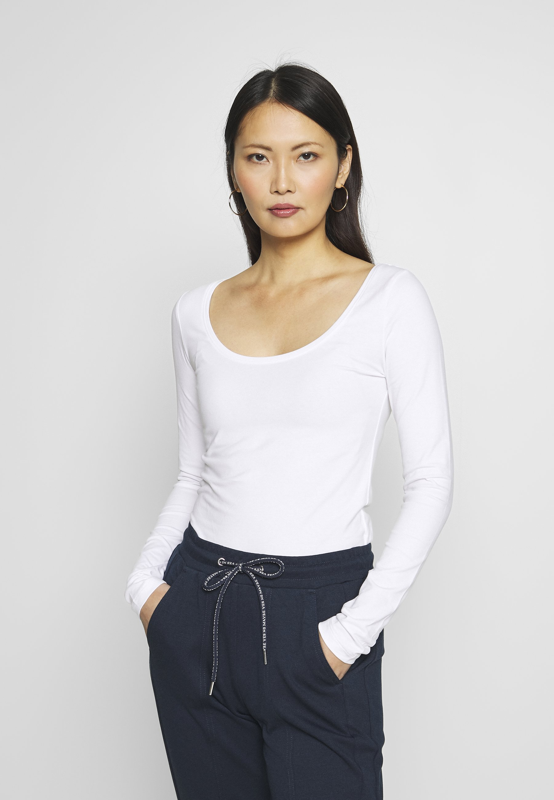 Donna BASIC ROUND NECK LONG SLEEVES - Maglietta a manica lunga