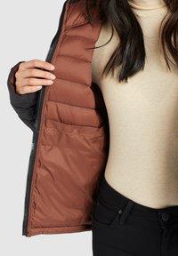khujo - LOVINA - Winter jacket - schwarz - 4