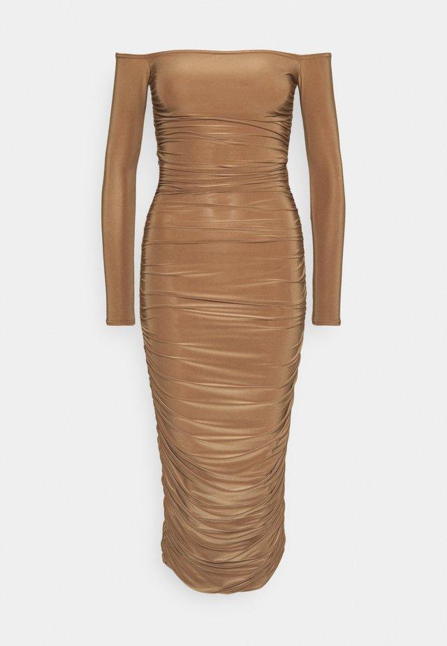 BARDOT SLINKY RUCHED MIDAXI DRESS - Jersey dress - camel
