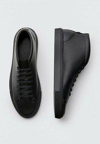 Massimo Dutti - High-top trainers - black - 1