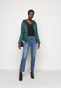 ONLY Tall - ONLSANDIE HOOD JACKET - Light jacket - ponderosa pine - 1