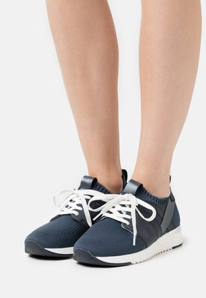LACE UP - Trainers - ocean