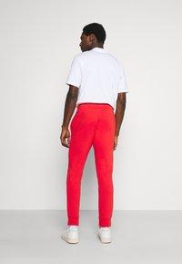 Lacoste - Träningsbyxor - redcurrant bush - 2