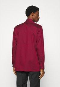 OLYMP Luxor - MODERN - Zakelijk overhemd - dark red - 2