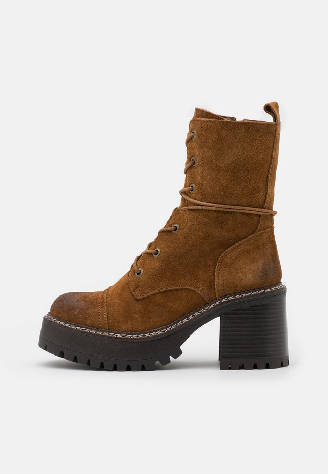 JORDAN - Platform ankle boots - brown