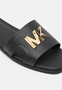 MICHAEL Michael Kors - KIPPY SLIDE - Mules - black - 6