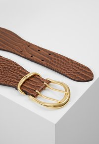 Lauren Ralph Lauren - CROC EMBOSS STRETCH CORNWALL - Waist belt - umber brown - 2