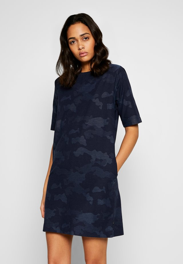 EASY DRESS - Day dress - washed blue