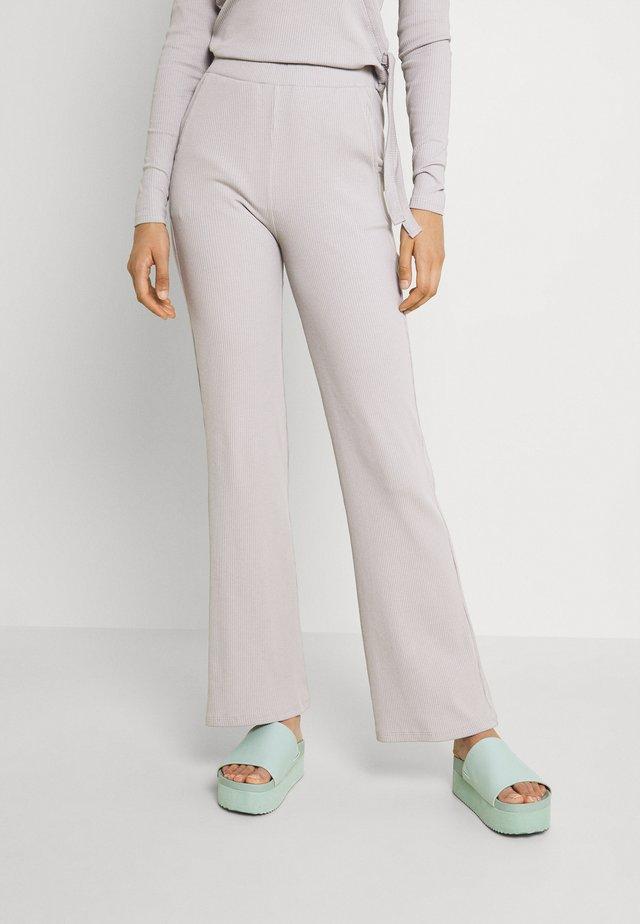 VIJULLA PANTS - Bukse - mottled light grey