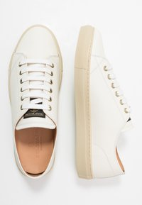 Belstaff - TREADWAY 2.0 TRAINERS - Trainers - offwhite - 1