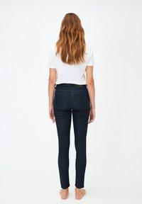 ARMEDANGELS - TILLAA - Slim fit jeans - rinse - 2