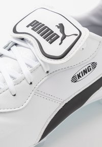 Puma - KING TOP FG - Moulded stud football boots - white - 5