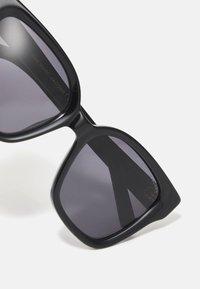 Marc Jacobs - Sluneční brýle - black/grey - 3
