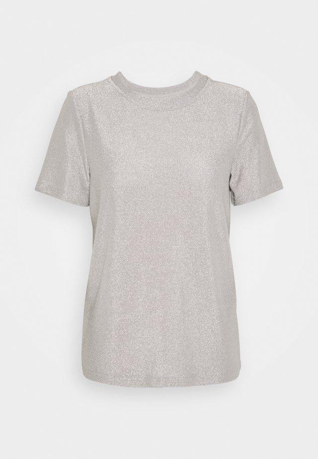 VMADALYN - T-shirt print - silver sconce/silver