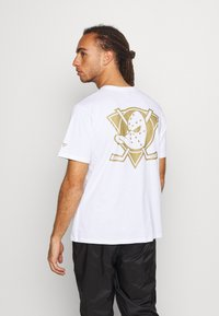 Fanatics - ANAHEIM LOGO GRAPHIC - Club wear - white - 2