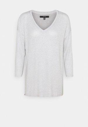 VMBRIANNA V NECK BLOUSE - Maglione - light grey melange