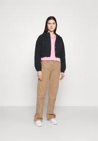 BDG Urban Outfitters - JARED HOODED JACKET - Denim jacket - black - 1