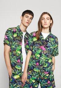 Polo Ralph Lauren - PRINTED - Camisa - green/dark blue - 0
